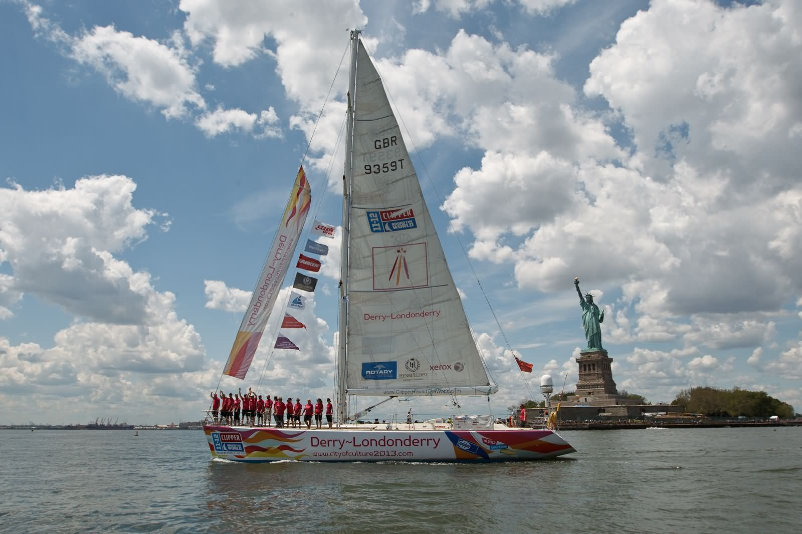 Clipper Race at the Statue of Liberty in New York – end of leg 7